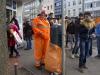Heinz Kuckling und ein weiterer Kollege sind heute für die Entleerung aller Mülleimer am Wegesrand zuständig © BF