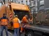Logistikleiter Dieter Bohn (links) koordiniert den Einsatz © BF