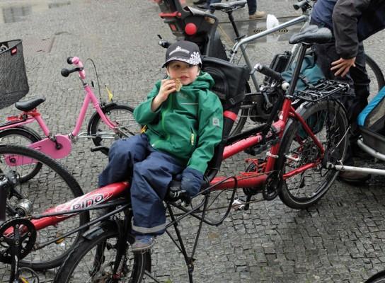"""Eine Radtour mitten auf der Straße – mit Kindern zur """"Critical Mass"""""""